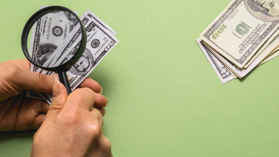 Sindicatele și Patronatele reexaminează cuantumul minim al salariului, care intră în vigoare din 1 iulie