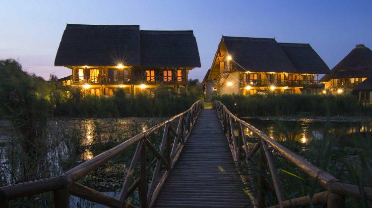"""Hotelurile """"adult only"""", noua nișă în turismul de pe Prut! """"O oază de liniște pentru adulți"""""""