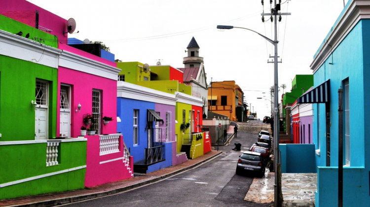 """Lumea în culori: 13 dintre cele mai """"pictate"""" străzi din lume (FOTO)"""