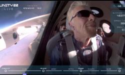 11 iulie 18:40: Richard Branson și echipajul său au revenit pe Pământ după un zbor cu succes la limita spațiului cosmic