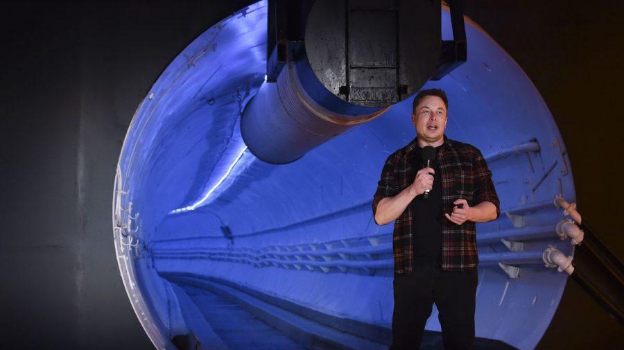 Cum a reușit Elon Musk să țină secret unul dintre cele mai mari proiecte. Ce prevedea clauza de un milion de dolari