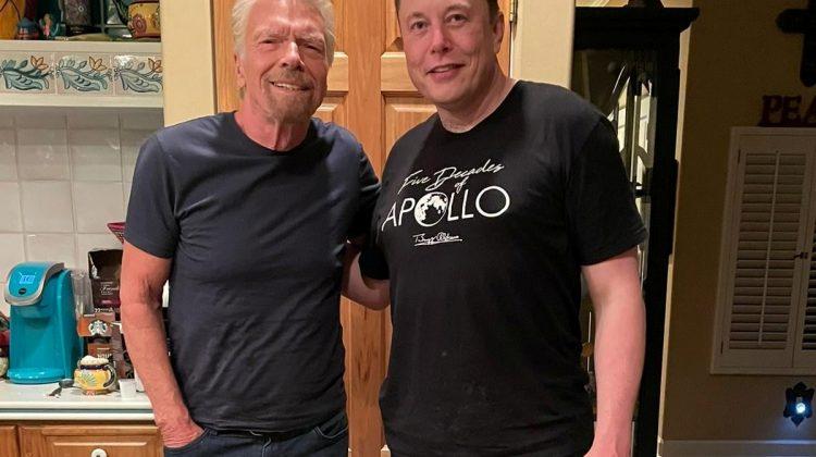 Richard Branson alături de Elon Musk înainte de zborul în spațiu: Mă simt bine, mă simt entuziasmat, mă simt pregătit