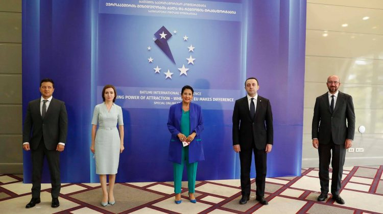 (FOTO) Bilanțul vizitei Maei Sandu la Batumi. Cu cine a discutat Președinta și ce subiecte a abordat