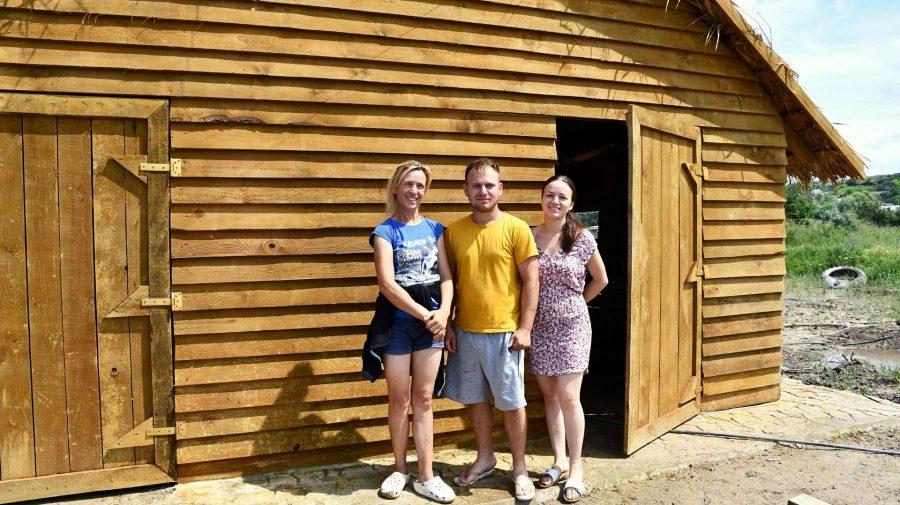 Au construit o fermă ca în Europa. Cum a reușit familia Balmuș din Cahul să lanseze o afacere la ei în localitate
