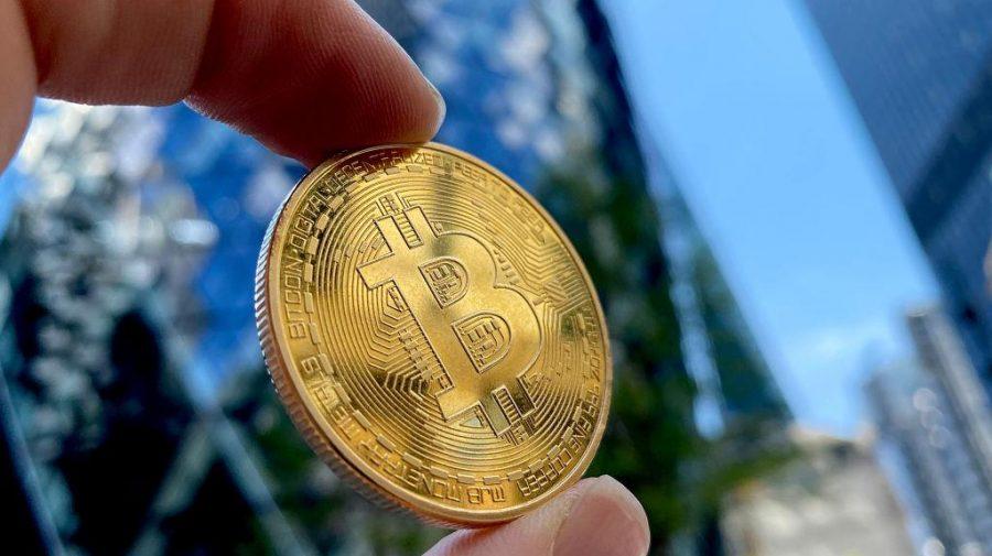 Spălare de bani cu criptomonede la nivel internațional: captură crypto în valoare de 180 de milioane de lire sterline