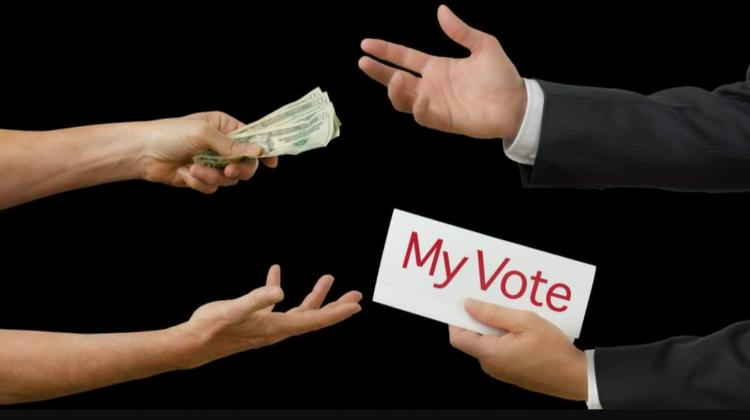 """(VIDEO) """"Ne-au dat foi pentru cine să votăm și 200 de lei""""! Un bărbat de la Bender recunoaște de ce a luat banii"""