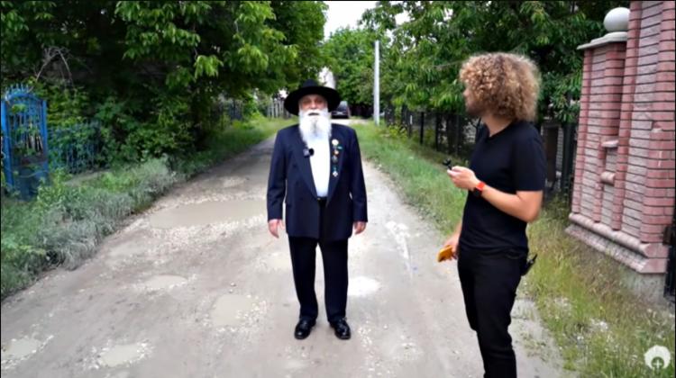 (VIDEO) Cât vrea Baronul romilor pentru un interviu? Cât l-a costat pe un vlogger rus filmulețul de la Soroca