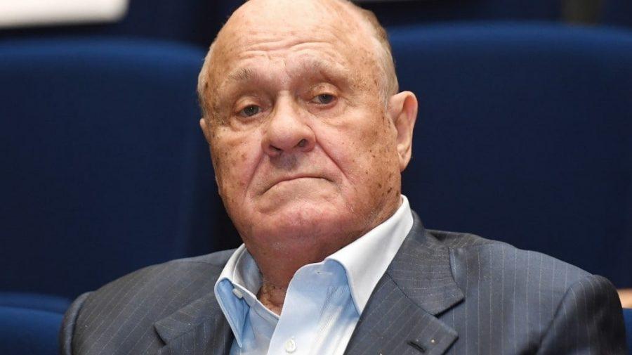 """A murit Vladimir Menshov, regizorul renumitului film rus """"Москва слезам не верит"""""""