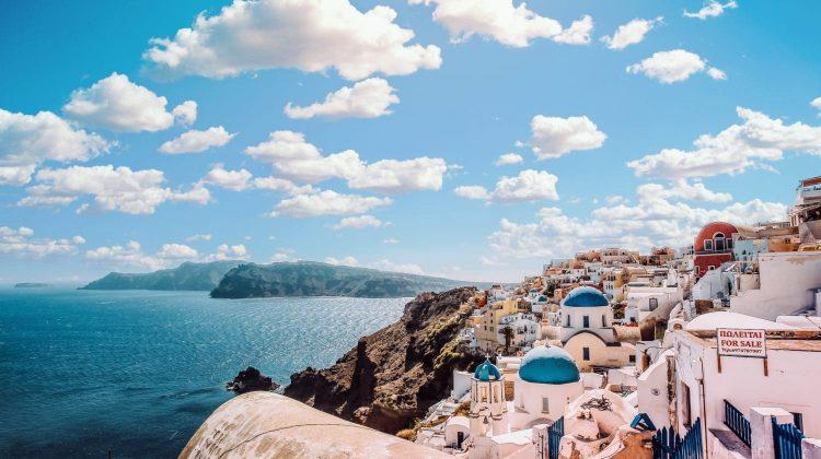 Răspândirea agresivă a mutației Delta în Grecia lovește în plin turismul: s-ar putea revizui plitica față de turiști