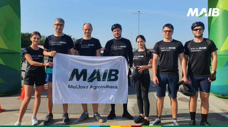 """Superlativii MAIB au participat la """"Foc la Ghete pe Biciclete"""" pentru susținerea Centrului """"Casa Angelus"""""""