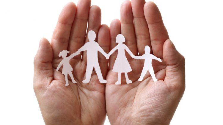 CNAS: opţiuni de stabilire a indemnizaţiei lunare pentru creşterea copilului