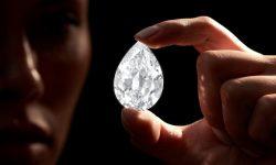 FOTO: Un cumpărător misterios a plătit 12,3 milioane dolari pe un diamant de 101 carate, în criptomonedă