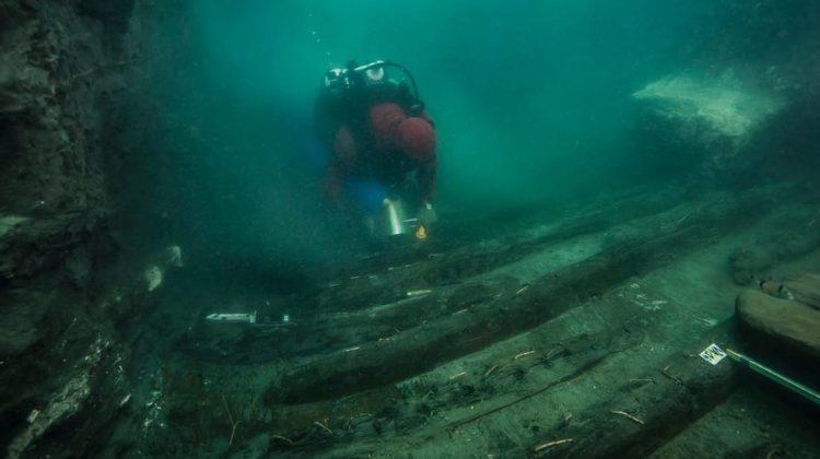 Vestigii extrem de rare ale unui oraş egiptean antic au fost descoperite în Marea Mediterană. De când datează