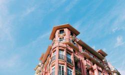 Avantaje, dezavantaje, proiectare: cum să aranjezi o fereastră-golf într-un apartament (FOTO)
