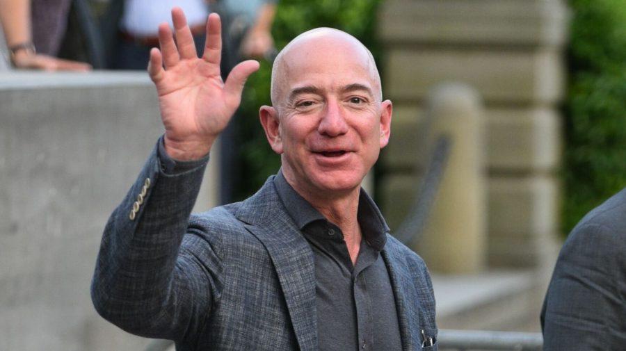 Cel mai bogat pensionar! Jeff Bezos renunță la funcția de CEO al Amazon la 57 de ani, cu 199 de miliarde de dolari