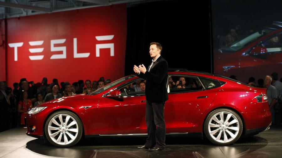 Profitul net al Tesla depășește pentru prima dată 1 miliard de dolari