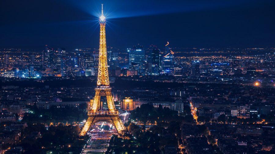 Vești bune pentru turiști, s-a redeschis Turnul Eiffel. Ce reguli trebuie să respecte vizitatorii