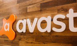 Tranzacție imensă în IT: NortonLifeLock urmează să preia compania cehă Avast