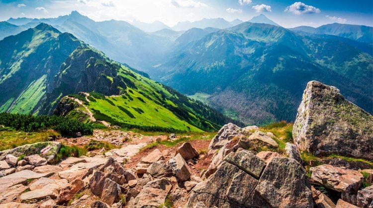 (FOTO) Top locuri răcoroase în care poți evada de o vară fierbinte. Începând cu România până în Alaska