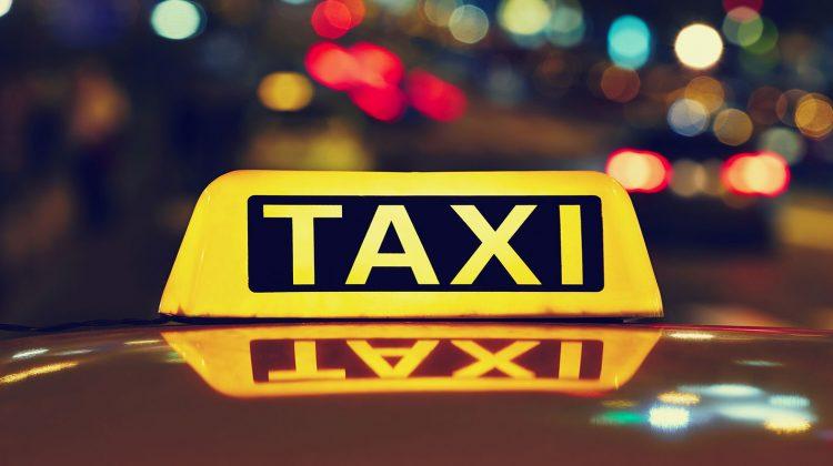 Primul serviciu taxi din Moldova folosea mașini marca Berliet și De Dion Bouton. Cine era antreprenorul