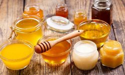 Deși există cerere, Moldova nu poate exporta alte produse apicole decât miere. Motivul – nu avem laborator