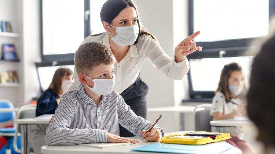 DOC Profesorii se pregătesc să demisioneze? Sindicatele din Educație cer Guvernului modificarea unei decizii