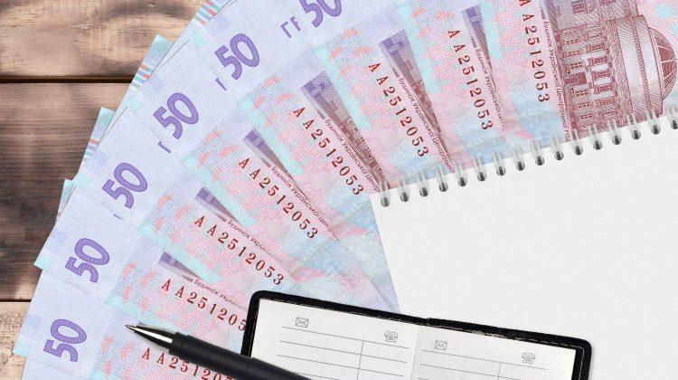 Creștere de 450% la cumpărarea de hrivne UA în luna iulie 2021, față de acum un an. Câți bani au schimbat moldovenii