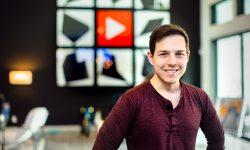 Tânărul de 31 de ani care câștigă aproximativ 6 milioane de dolari pe an din Youtube. Cum își cheltuie banii