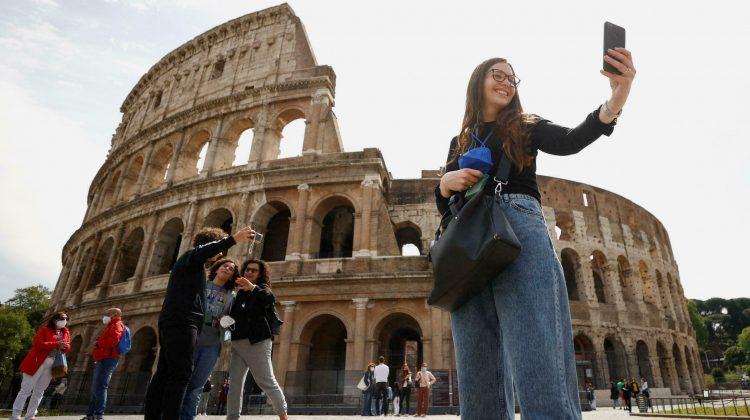 Declin semnificativ al turismului italian, din cauza pandemiei