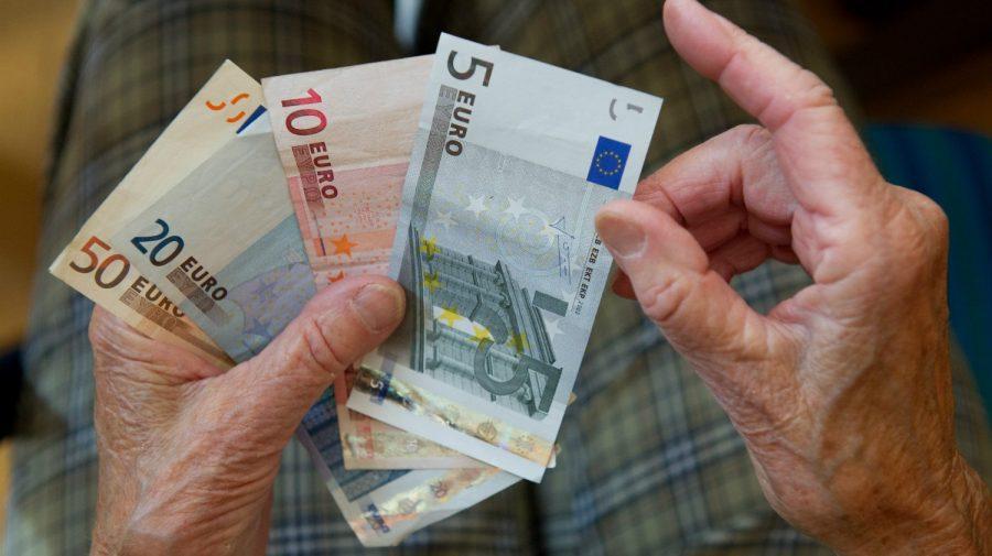 Un bărbat și-a ascuns mama moartă în pivniță pentru a-i lua pensia. Ar fi primit peste 50.000 € în plăți necuvenite