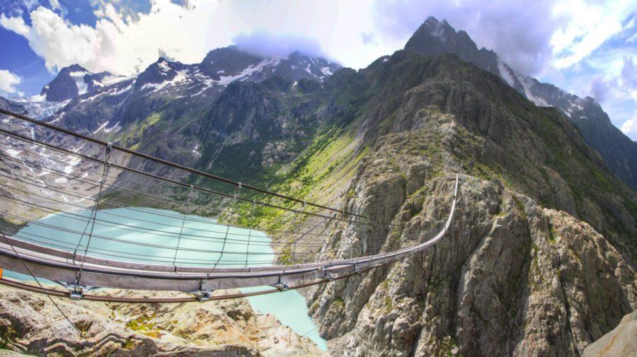 (VIDEO) NEMAIPOMENIT! Top CINCI cele mai înfricoșătoare poduri