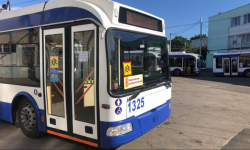 IMPORTANT! Autoritățile RENUNȚĂ la troleibuzele destinate școlarilor