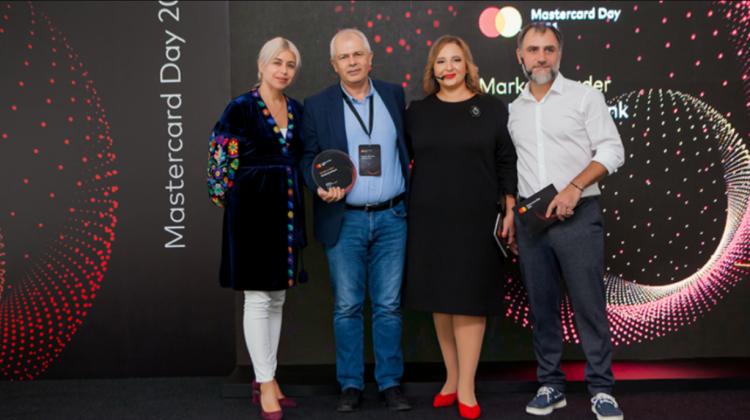 Poziția de lider a Moldindconbank pe piața cardurilor, confirmată de Mastercard