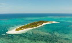 (FOTO) Șase insule care costă mai puțin decât un apartament în Europa