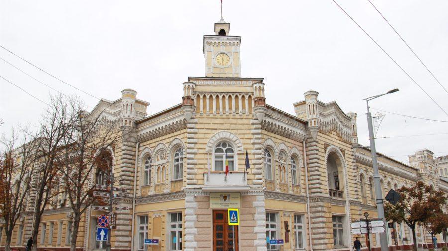 Ceban tună și fulgeră vizavi de construcțiile din Chișinău. Ce i-au răspuns companiile de construcții