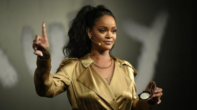 Rihanna este oficial MILIARDARĂ! Ce i-a adus mai mulți bani: muzica sau cosmetica?