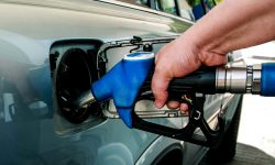 O nouă zi cu noi prețuri! Cât va costa mâine, 15 septembrie, un litru de benzină și motorină