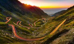 (FOTO) Cele mai spectaculoase drumuri din România. Oricine trebuie să le vadă