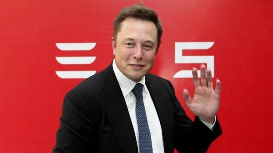 """Milardarul Elon Musk """"taie"""" din prețul conacului său din California. Cu cât îl vinde?"""