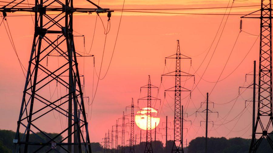 De la 1 aprilie s-ar putea scumpi energia electrică. Director ANRE: Eu nu exclud acest lucru