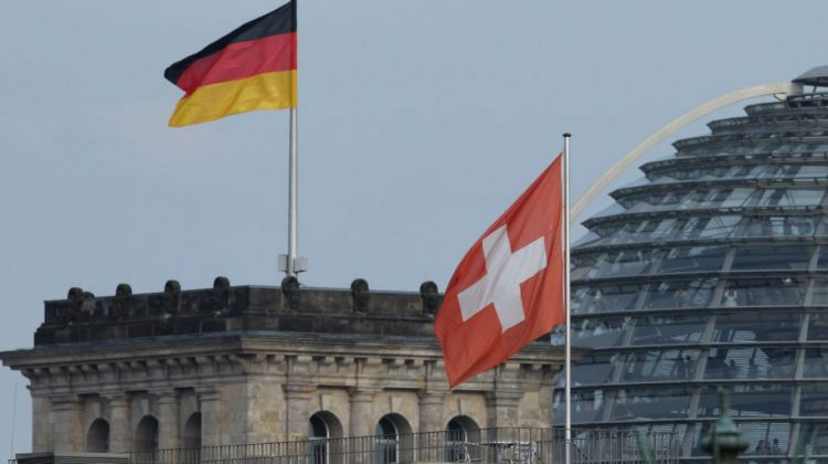 De ce își mută milionarii germani averile în Elveția, înaintea alegerilor. Familiile antreprenoriale sunt îngrijorate
