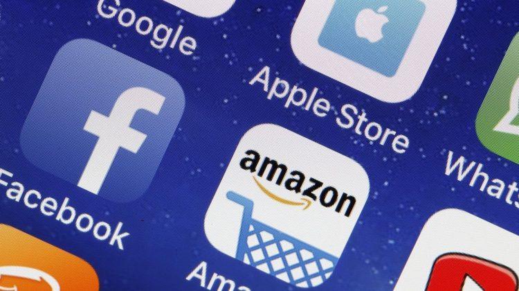 """Selloff-ul marilor companii tech din SUA ajunge la peste 500 de miliarde de dolari. """"Există o mulţime de oportunităţi"""""""