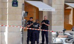 Jaf de zeci de milioane de euro în bijuterii. A fost atacat faimosul magazin Bvlgari din Paris