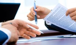 Ce prevede un contract de leasing financiar și operațional?
