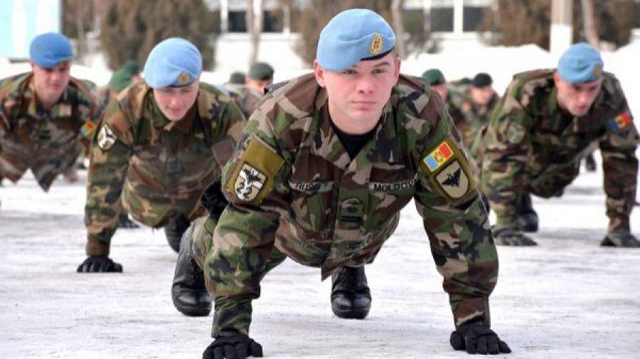 Ar fi cerut 800 de euro pentru a-l scăpa pe un tânăr de armată. Acum ar putea ajunge la ÎNCHISOARE