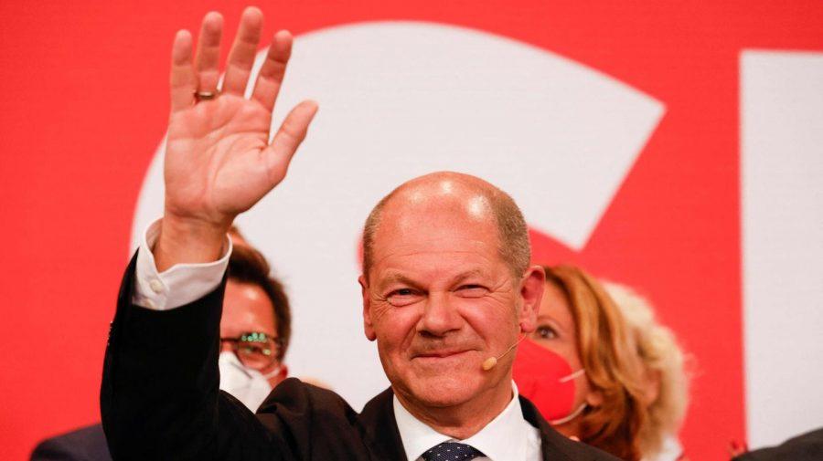 După 16 ani de guvernare, era Angela Merkel apune. Cine este Olaf Scholz, social democratul care i-ar putea lua locul