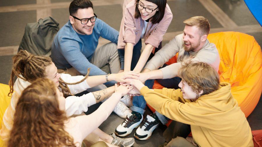 """MEC lansează concursul național ,,Capitala Tineretului 2022"""". Ce localități au deținut titlul anii precedenți"""