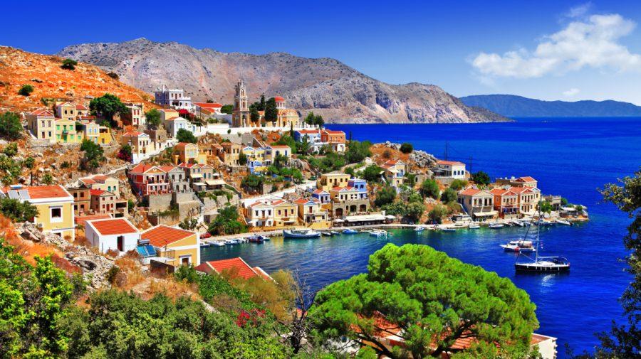 Grecia își revizuiește în creștere estimările privind economia: 5,9% pentru 2021