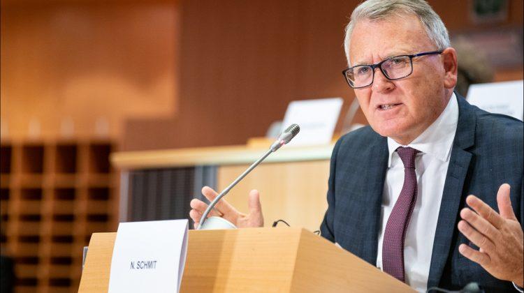 Comisar european: sărăcia s-ar putea accentua în Europa din cauza prețurilor mari la energie