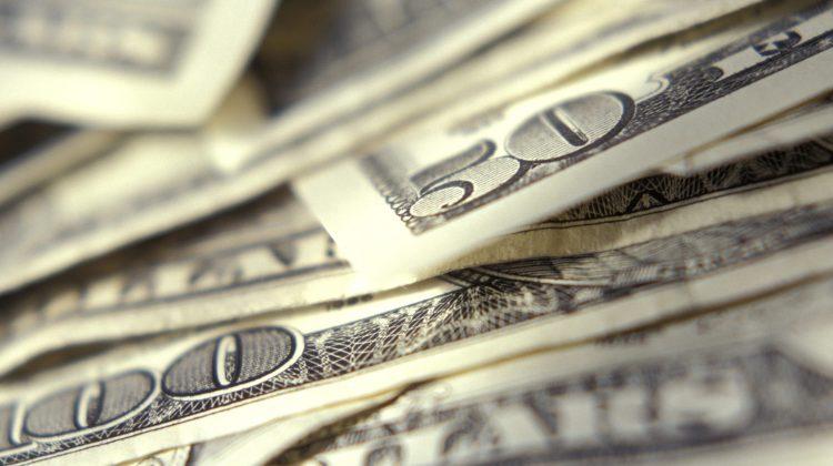 Metodă inedită folosită de hoții de bănci pentru un jaf. Au furat 35 de milioane de dolari